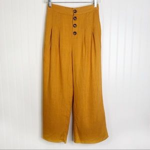 NWT love Richie yellow mustard cropped pants